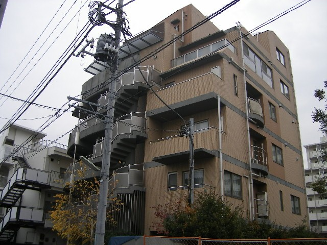タイル張りのお洒落なマンション(その他建物画像)