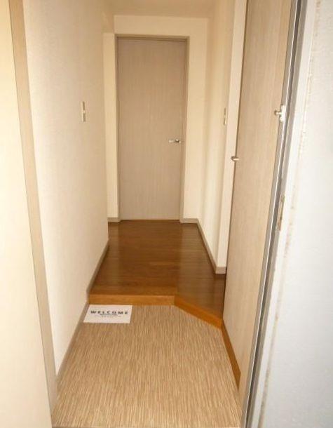※別部屋の参考写真です。(玄関)