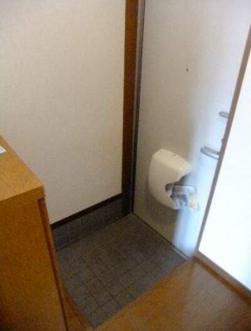※別部屋・参考写真(玄関)