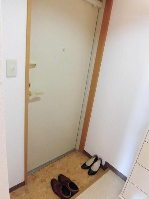 別部屋のものを使用(玄関)