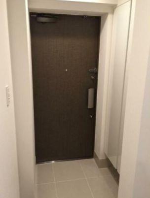 ※別部屋写真を使用しています。(玄関)
